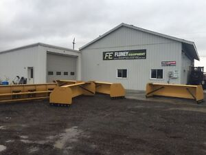 Fluney Snow Pushers,Blades and Snow Buckets
