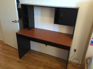 Selling dress table with mirror and computer table