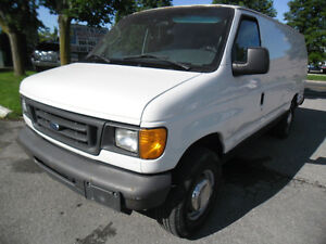 2006 Ford E-250 ***Clean NO ACCIDENTS, Certified+FREE 6M WARRAN