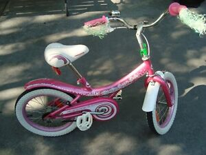 Supercycle cream Soda 16 inch  Girls bike