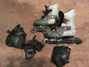 Adjustable rollerblades and protective padding