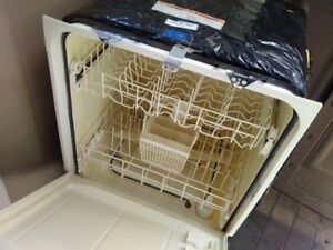 Dish Washer for sale.