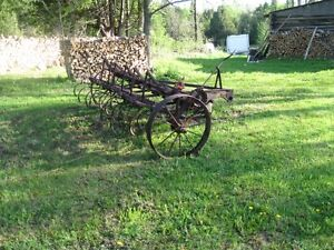 Spring tooth cultivator.
