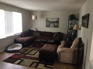 Room for rent. $650/month everything included. Available Jan1st