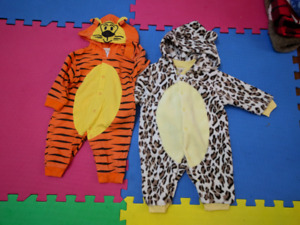 Halloween costumes onsies tiger and leopard 0-3 months