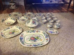 "MASON'S ""EARLY 1900'S"" PATENT IRONSTONE DINNER SET"