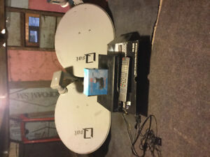 Satellite dishes, receiver, remote, cable, extra Ku Band
