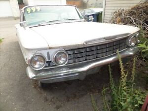 SOLD!   Really cool, 1960 Oldsmobile, Dynamic 88... Rare car.