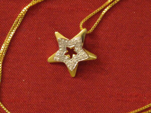 SHE 's YOUR  greatest star? Show her with this Star Pendant!