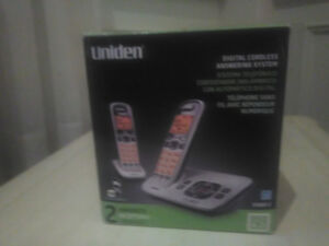 Uniden 2 Digital Cordless Phones with Answer Machine