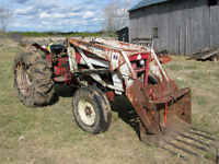 434 International Tractor with loader