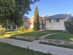 Bungalow in Canora