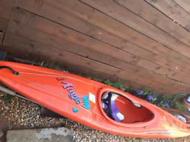 Pyrhana Kayak
