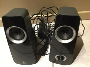 Logitech speakers Z320