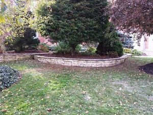Hardscraping and landscaping/lawncare London Ontario image 8