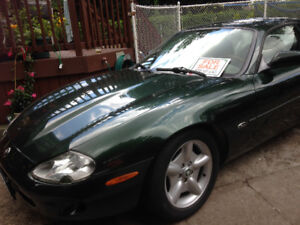 Georgeous 97 Jaguar XK8