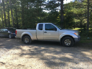 2006 Nissan Frontier with 215,000kms $4500