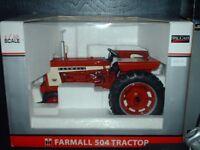 TRACTEUR FARMALL 504 LAFAYETTE FARM TOY SHOW 1 / 16 DIE-CAST