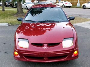 2000 Pontiac Sunfire sedan