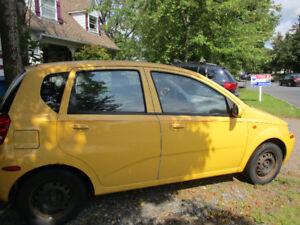 2004 Chevrolet Aveo Familiale