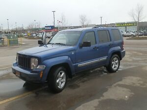 ***REDUCED*** 2009 Jeep Liberty Rocky Mountain Ed, Only 150000km