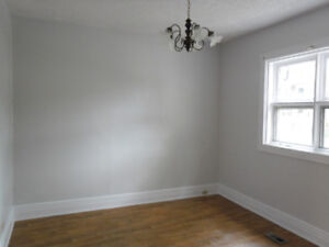 * NEWLY RENOVATED FAMILY 4BRM HOME ON MANITOBA *