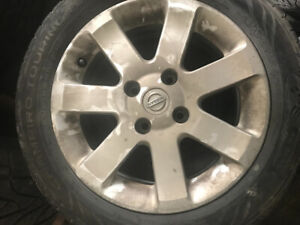 Mags 16 Nissan Sentra with good summer tires 205 55 16