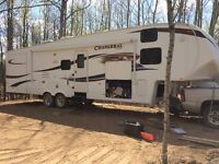 2011 Chaparral 330 FBH Fifth Wheel