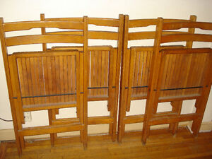 Folding Wooden Chairs 4-Piece Set