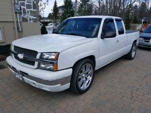 Chevrolet Sylverado 2004 extra clean