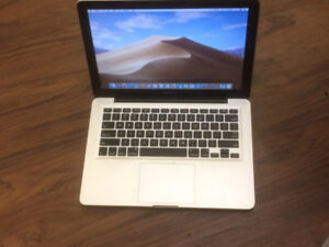 13 inch Macbook Pro 9/10 mid 2012 i5 with charger!