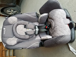Safety 1st Carseat/Booster Seat
