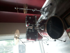 Red Mapex drum set - used but still works perfectly