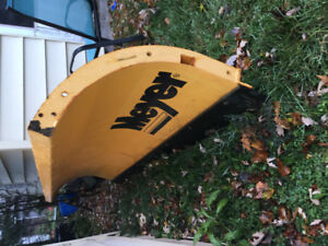 Brand new Meyers 8 foot plow blade