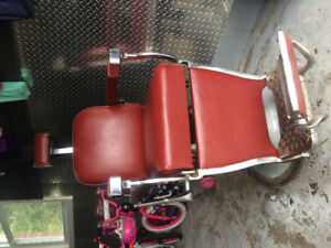 Barber chair/hairdresser chair for sale