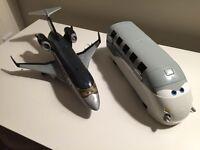 Avion et train film Les Bagnoles (Cars)