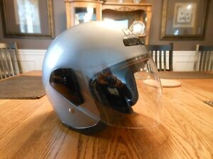 Motorcycle Helmet with Visor - size Med