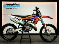 2020 KTM SX 125 - 28 HOURS - £4990 - ROBIN WILLIS MOTORCYCLES