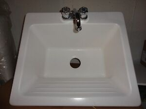 Loundry sink with faucet !!! Brand New !!! Never used !!!
