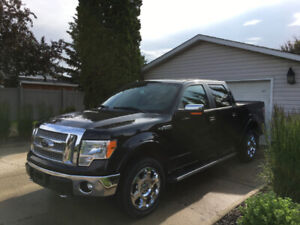 Low Mileage 2012 Ford F-150 Lariat Pickup Truck