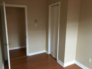 centered uptown room for rent-all included-380/month-montly rent
