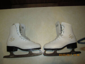 Womens Figure Skates- Price drop from $8