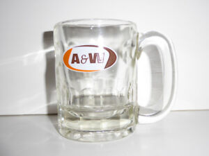 3 VINTAGE AUTHENTIC A&W ROOT BEER MUGS -- MINT COND.