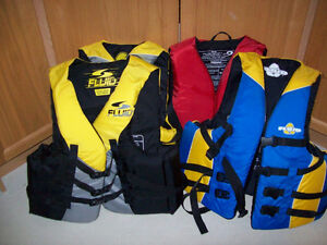 LIFE JACKETS   ( LIKE NEW )