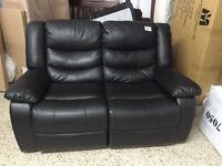 2 SEATS RECLINER COUCH IN BLACK BONDED LEATHER FOR ONLY 475$