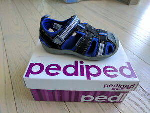 NEW Pediped Sandals / Water Shoes (Boys Size 7)