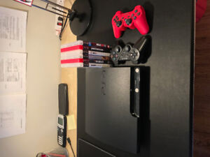 500 GB PS3 Mint Conditon /w 2 Controllers + Games
