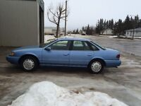 1995 Ford Taurus ** REDUCED AGAIN   MUST SELL ***