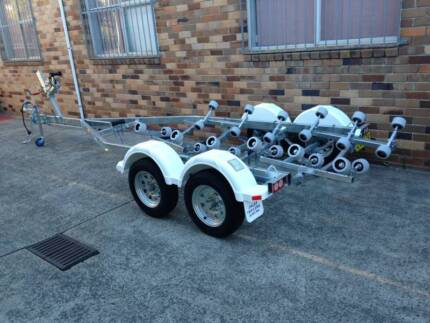 18FTt model boat trailer REGISTERED-suits boats in the 5.5m range