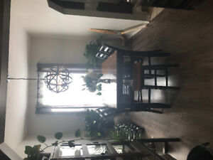 Dinning Room Set for Sale - Good condition
